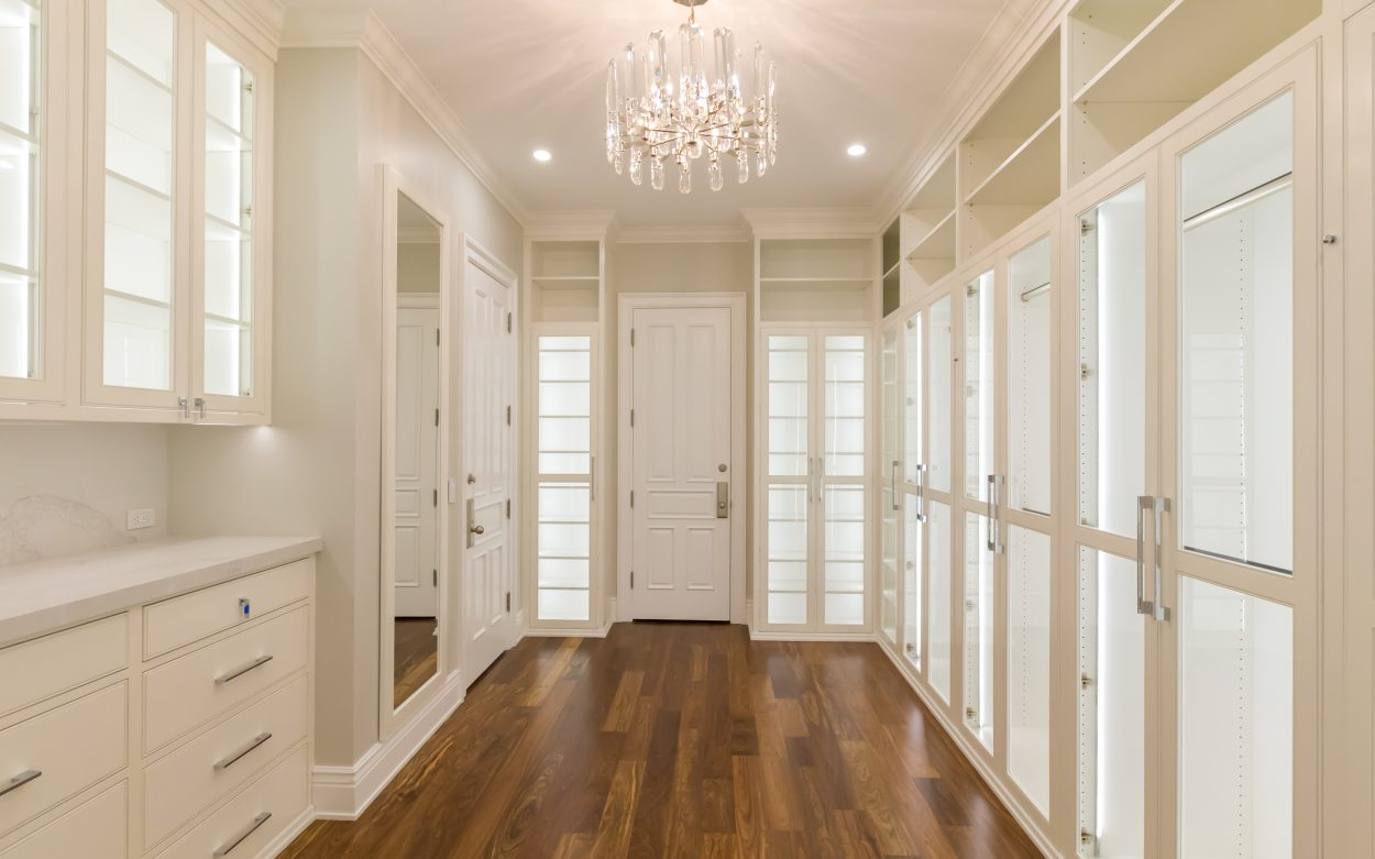 Lake Sherwood Custom Master Closets